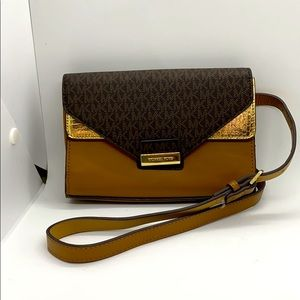 Brown Michael Kors Belt Purse